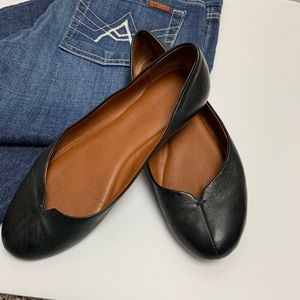 Lucky Brand Black Leather Finorah Flat sz 6.5